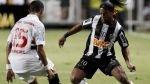 Copa Libertadores: Ronaldinho brilló en triunfo de Atlético Mineiro - Noticias de fabian estoyanoff