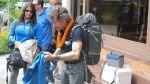 Español de 74 años escala la tercera montaña más alta del mundo - Noticias de luis chumpitazi