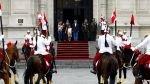 FOTOS: Ollanta Humala se dio un baño de popularidad en el cambio de guardia en Palacio de Gobierno - Noticias de cambio de guardia