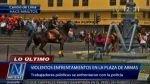 Trabajadores estatales se enfrentaron a policías en la Plaza de Armas - Noticias de cambio de guardia