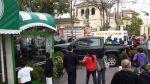 Camioneta terminó empotrada contra una heladería en Miraflores, luego de un violento choque [FOTOS] - Noticias de heladería 4d