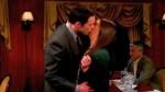 The Big Bang Theory: el romántico beso entre Sheldon y Amy - Noticias de amy farrah fowler