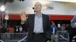 Clint Eastwood salva a hombre de morir atragantado - Noticias de maniobra de heimlich
