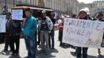Invasores pasearon ataúdes por la Plaza de Armas - Noticias de autodema