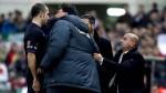 'Mono' Burgos perdió los papeles y se le fue encima al árbitro - Noticias de delgado ferreiro