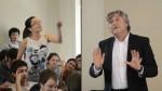 Joven venezolana es aplaudida tras increpar a senador chileno - Noticias de mas comentadas