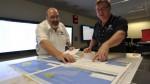 Francia entrega fotos con posibles restos del avión de Malasia - Noticias de mike barton