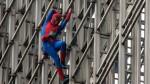 El 'Hombre Araña' francés que reta a los rascacielos de Europa - Noticias de alain robert