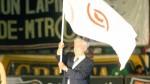 El día que Vargas Llosa ondeó la bandera crema en el Monumental - Noticias de universiario de deportes