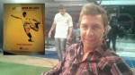 A Emiliano Pinsón le regalaron el libro de Lolo Fernández - Noticias de emiliano pinson