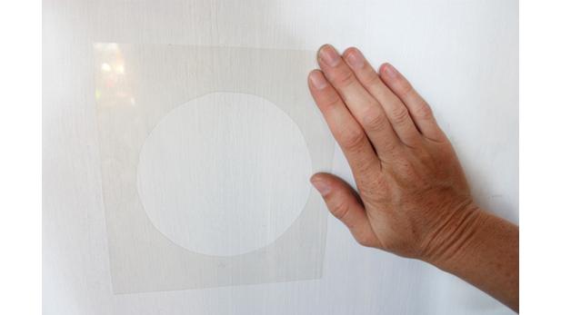 Foto diy aprende a crear moldes creativos para pintar tus paredes el comercio peru - Papel decorativo ikea ...