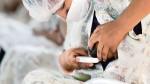 Madres de leche que regalan vida a los bebes prematuros - Noticias de maternidad de lima