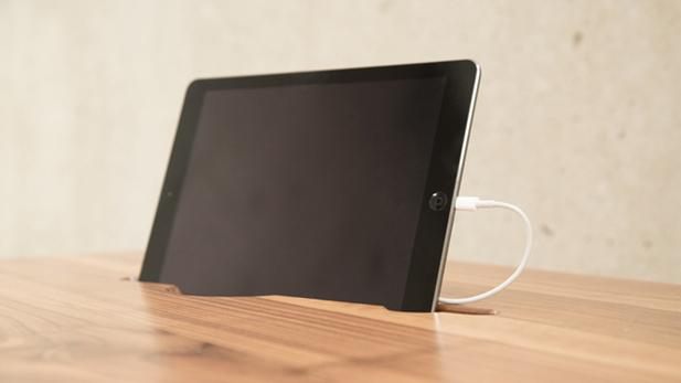 [Foto] ¿Buscando eficiencia? Este escritorio te da lo que necesitas