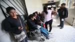 Afectados por huelga ignoran que pueden atenderse en Sisol - Noticias de seguro integral de salud