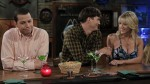 "¿Por qué ""Two And a Half Men"" nunca despegó con Ashton Kutcher? - Noticias de jake harper"