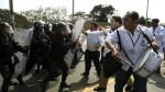 Huelga medica: marcha derivó en enfrentamientos con policías - Noticias de federación médica del perú