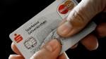 La mitad de los latinos ya usan tarjetas con chip - Noticias de tarjetas clonadas